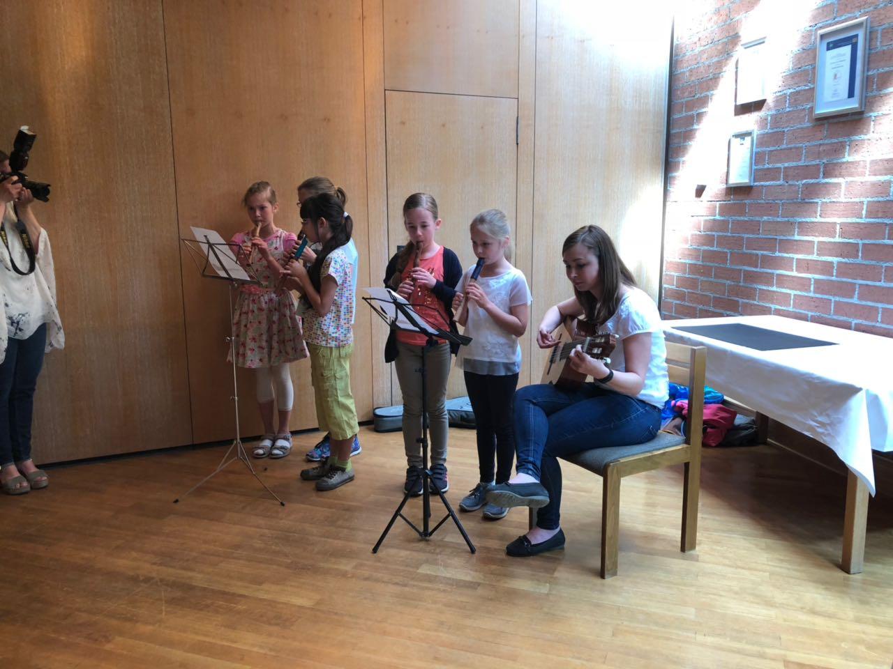 Auch deutsche Volkslieder gehörten zum Programm